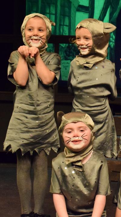 CatKids' production of Babes in the Wood